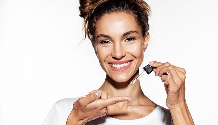 روغن بادام، ماده ای متداول در محصولات آرایشی بهداشتی است.