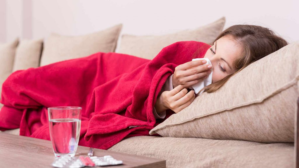 برای سرعت بخشیدن به بهبود علائم آنفولانزا، به خوبی استراحت کنید