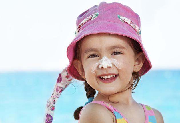 ویژگیهای بهترین ضد آفتاب برای کودکان